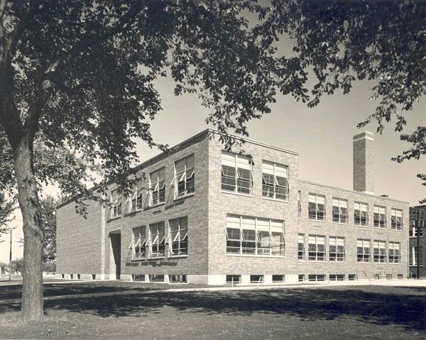central-standard-1957-081