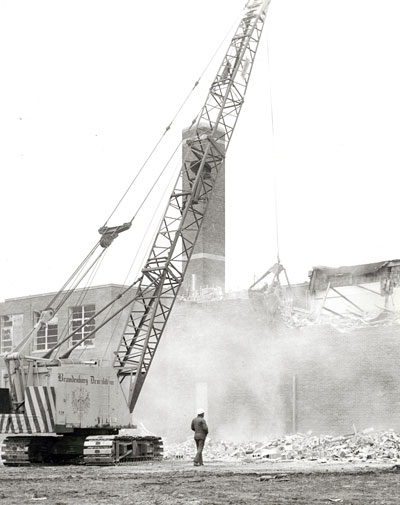 demolition-of-central-standard-1975-121