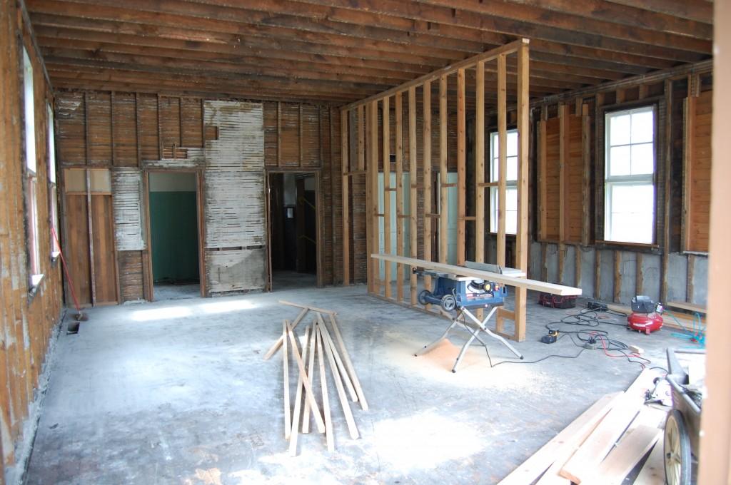 290-Schoolhouse-Interior-Demo-10-2-09-002-1024x680-1